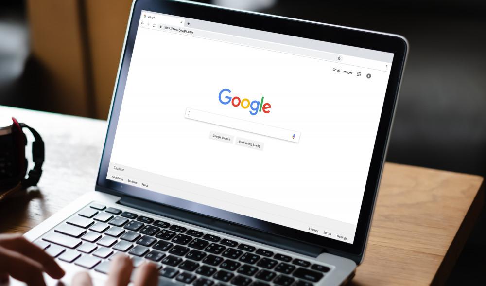 Czym jest reklama internetowa - rodzaje i jej formy