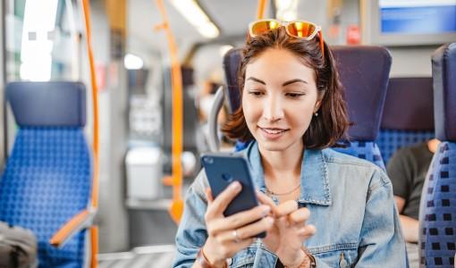 Mobile first w tworzeniu stron internetowych. Dlaczego jest tak ważny?